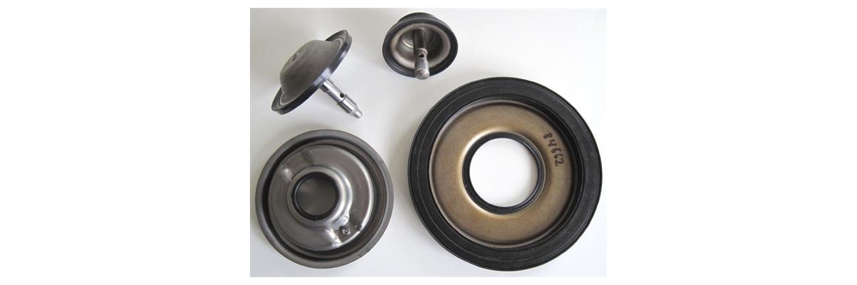 JR710E RE7R01A Pistons Molded Pistons